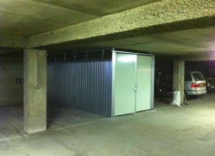 Garage / Emplacement